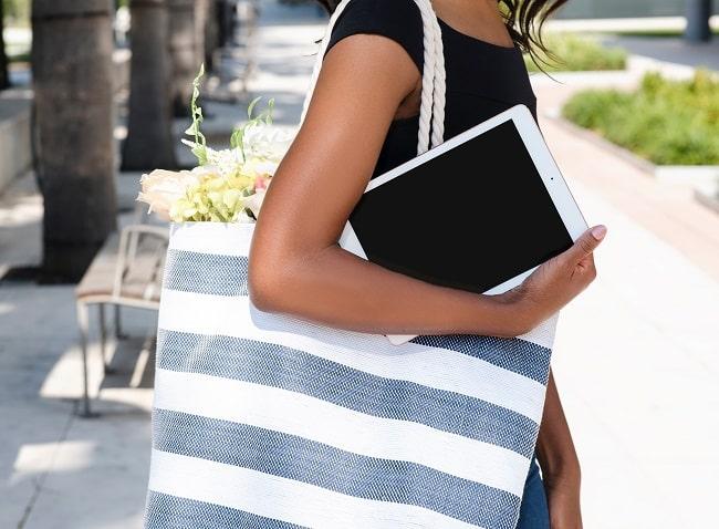 Roomy tote bag
